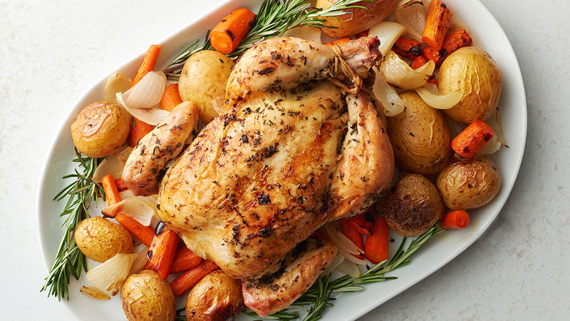 Get a head start on dinner with this fresh take on a slow-simmered, all-in-one meal that makes clean-up a breeze. 1. In slow cooker, stir together cornstarch and 2 tablespoons cold water until smooth. Add carrots and onions; season with salt and pepper, and toss. 2. Sprinkle roast with 1 teaspoon.