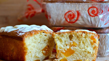 Mango Bread with White Chocolate