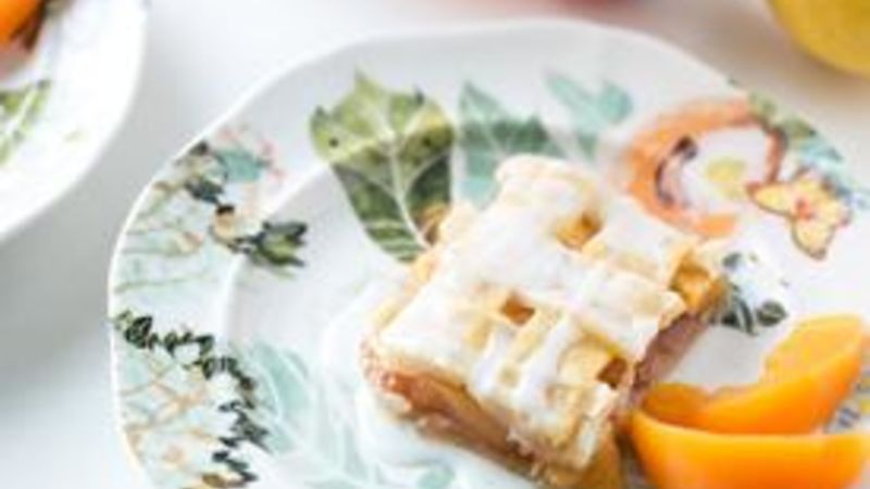 Bourbon Peach Pie Bars
