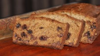 Banana Bread with Milk-Chocolate Chips