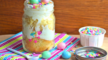 Easter Cupcakes in a Jar