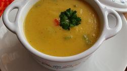 Sopa Crema de Calabaza con Pimientos