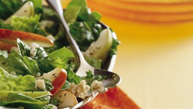 Pear and Blue Cheese Salad
