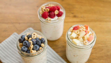 Apple-Cinnamon Overnight Cereal and Oatmeal
