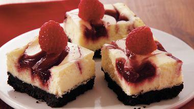 Raspberry-Swirl Cheesecake Bars