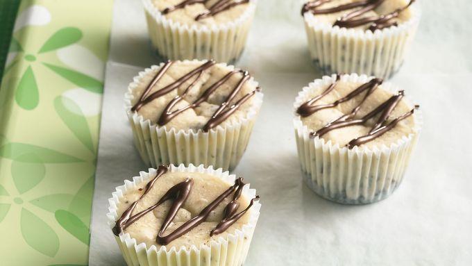 Oreo™ Cookies and Cream Mini Cheesecakes