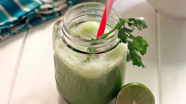 Cilantro, Jalapeño and Kale Smoothie