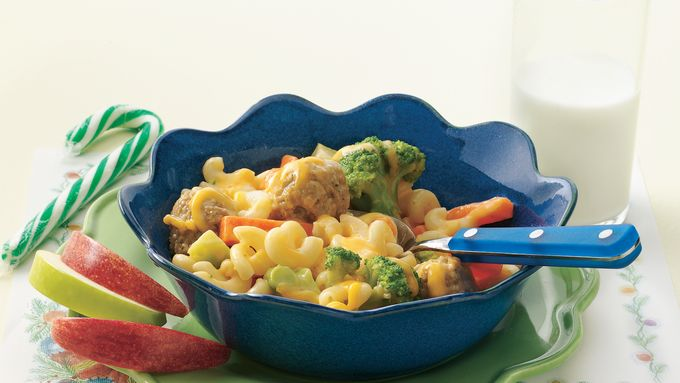 Veggie Macaroni and Cheese with Meatballs