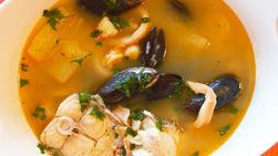Sopa de Pescado con Mariscos