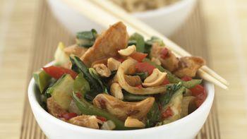 Skinny Spicy Cashew Chicken