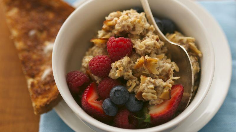 Gluten-Free Triple Berry Oatmeal Muesli