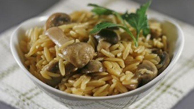 Risotto-Style Mushroom Orzo