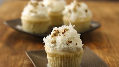 Tres Leches Cupcakes