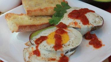 Huevo Frito y Aguacate