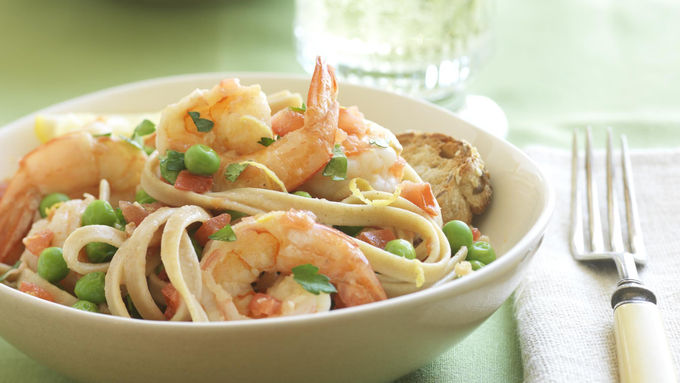 Skinny Lemon Shrimp Fettuccine