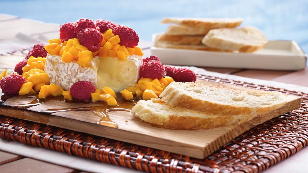 Grilled Brie with Mango and Raspberries
