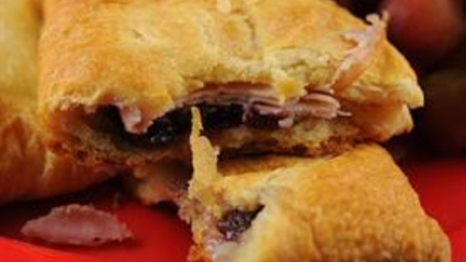 Turkey Cranberry Crescent Pockets