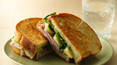 Grilled Ham, Cheese and Apple Sandwiches