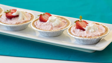 Mini Strawberry Cheesecake Whips!® Pies