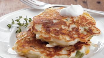Cheddar-Potato Cakes