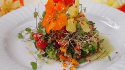 Ensalada Multicolor de Quinoa y Flores