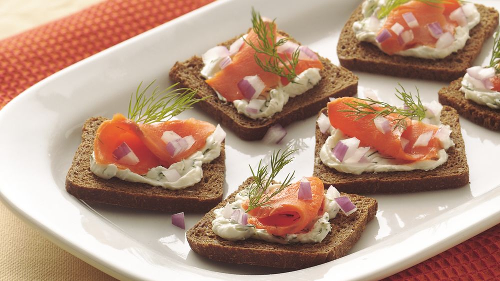 Smoked Salmon with Dill Spread