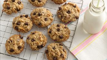 Oatmeal-Chocolate Chip Cookies