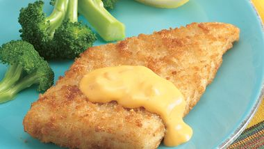 Breaded Fish Fillets with Nacho Sauce