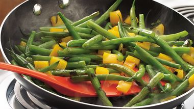 Stir-Fried Green Beans and Pepper