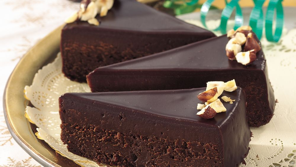Chocolate-Glazed Fudge Cake