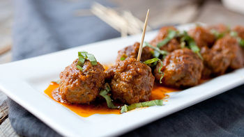Easy Red Curry Meatballs