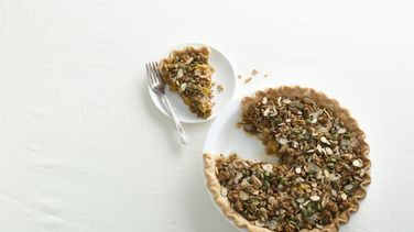 Mango and Granola Pie