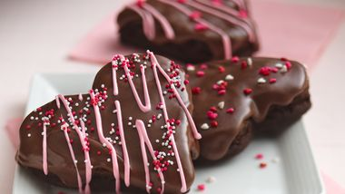 Glazed Brownie Hearts
