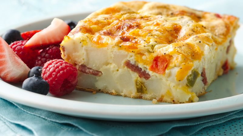 Cheddar and Potatoes Breakfast Bake