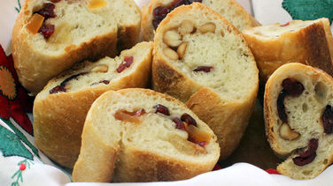 Bread Stuffed with Dried Fruit and Walnuts