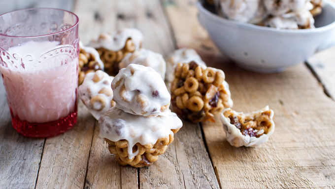 Greek Yogurt Cheerios™ Snack Bites