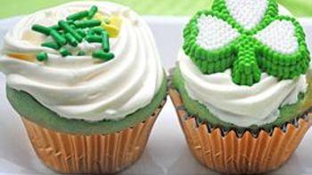 Green Velvet Mini Cupcakes