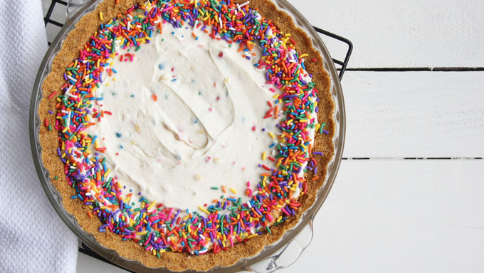 Easy Rainbow Chip Cheesecake