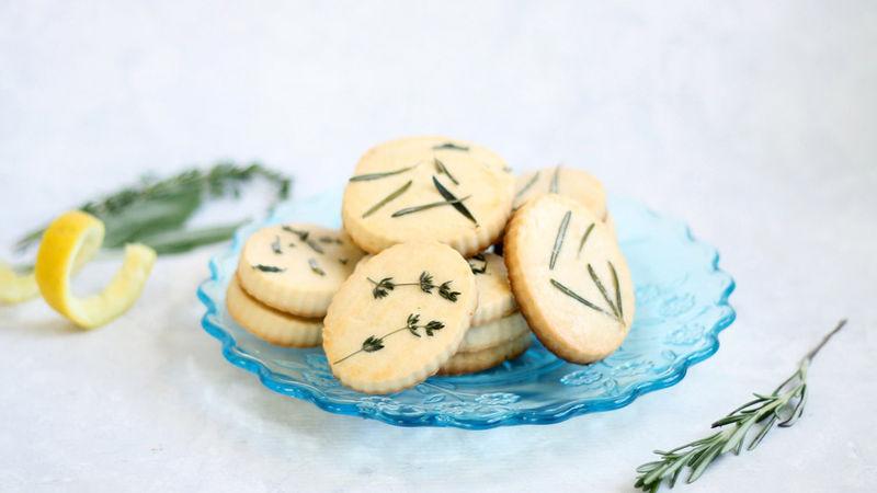 Easy Lemon Herb Shortbread Cookies
