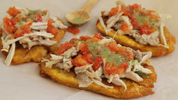 Fried Plantains with Chicken and Cilantro Sauce