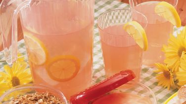 Old-Fashioned Pink Lemonade