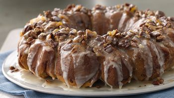 Cinnamon Roll Cranberry Orange Pull Apart