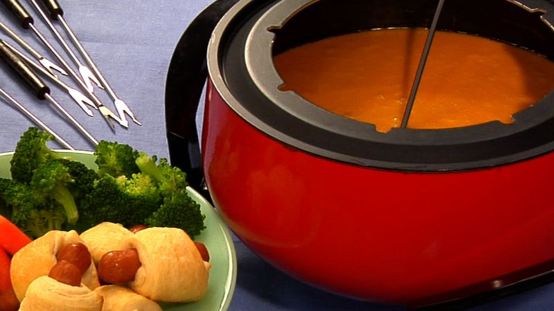 Aged Cheddar and Stout Fondue recipe from Betty Crocker