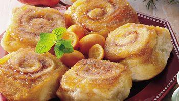 Overnight Caramel-Apple Rolls
