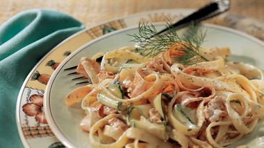 Pasta Salad with Salmon and Dill