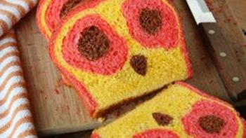 Owl Face Reveal Bread