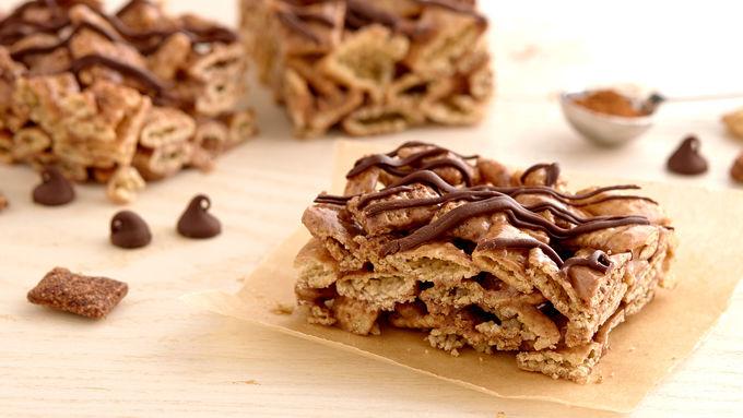 Gluten-Free Chili-Chocolate Cereal Bars