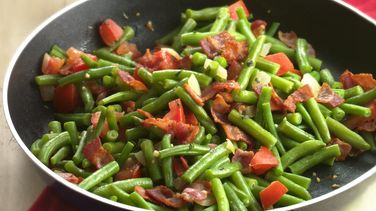 Green Beans with Bacon, Onion and Tomato