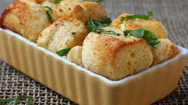 Savory Parmesan-Garlic Monkey Bread