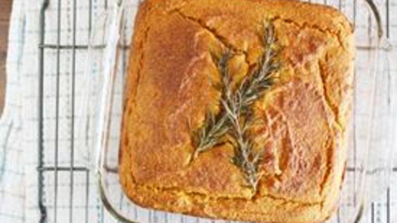 Gluten-Free Spiced Pumpkin Cornbread